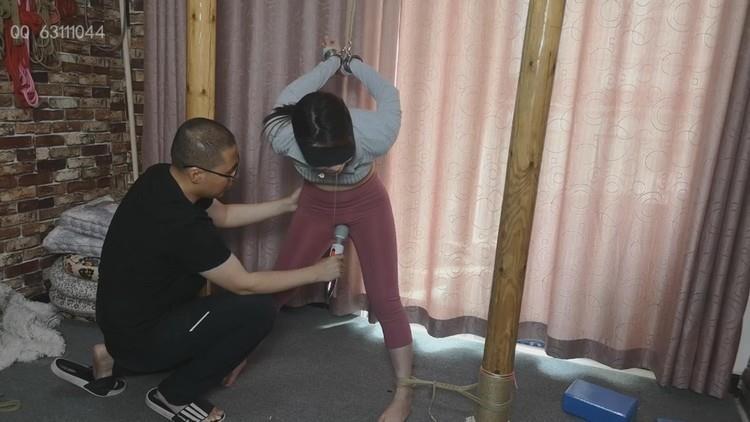 【随心原创】单身妈妈 悦悦,健身裤 享受绳缚的少妇,SM调教四人组